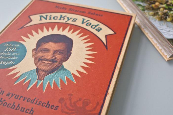 Nickys Veda Kochbuch Titel