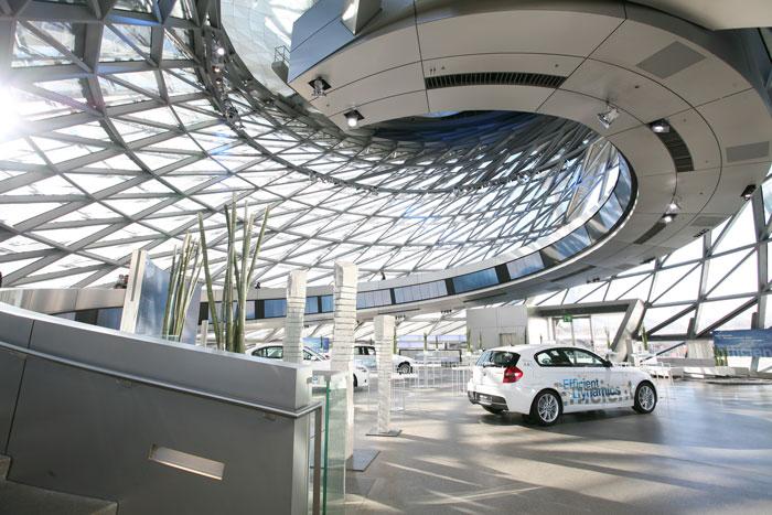 BMW Welt Auge Tag Architekturfotografie